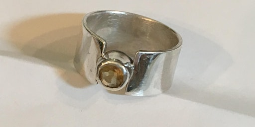 SILVER JEWELLERY: Silver Ring Set with a Cabochon With Kate Arbon