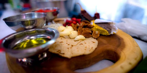 Comida.Cultura.Cócteles / A Mexican Essentials Cooking Class Series