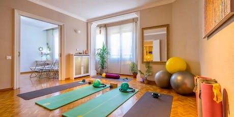 Mindful Hatha Yoga con Lena - Jueves 19.30h  entradas