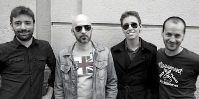 Red Tolex Band in Filanda