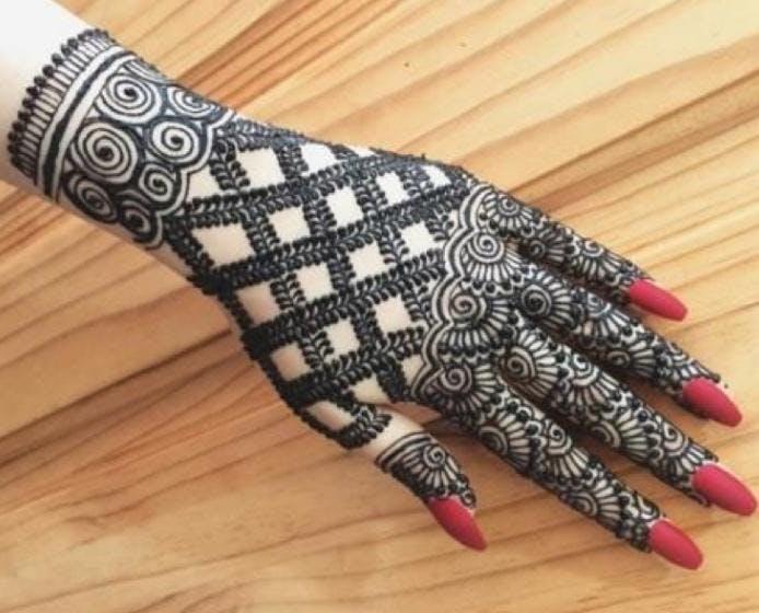 f6292bce4 Henna THE BODY ART - 7 MAY 2019