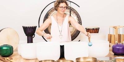 Crystal Bowl Session with  Nicole Lloyd