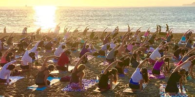 Sunset Yoga with Julianne and live music by Egemen Sanli!!