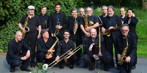 Six8tyOne Big Band kaiserswerth swingt mit.