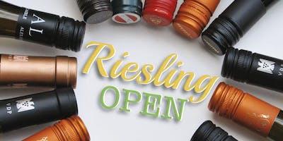Riesling Open 2019 – Großer Weinabend mit über 15 Rieslingen aus verschiedenen Anbaugebieten sowie Grill-Spezialitäten