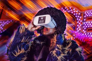 Jump Into The Light: Play With Virtual Reality
