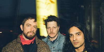 YEASAYER @ recordBar