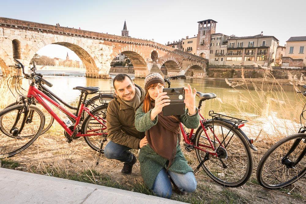 Photo Tour in Verona by Bike