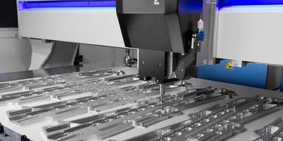 Entdecke unsere dreiachsige CNC-Fräse