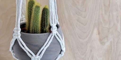 DIY Macrame Plant Hanger with Christine Studer from Marigold & Pearl