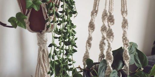 Macrame plant hanger workshop - Drink, Shop & Do London