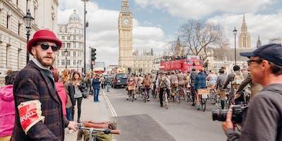 Tweed Run London 2019 - Picnic Hampers