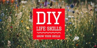 DIY LIFE SKILLS #1: MAKE POSTERS THAT POP: Graphics for CV, Instagram & Websites using Photoshop + Indesign
