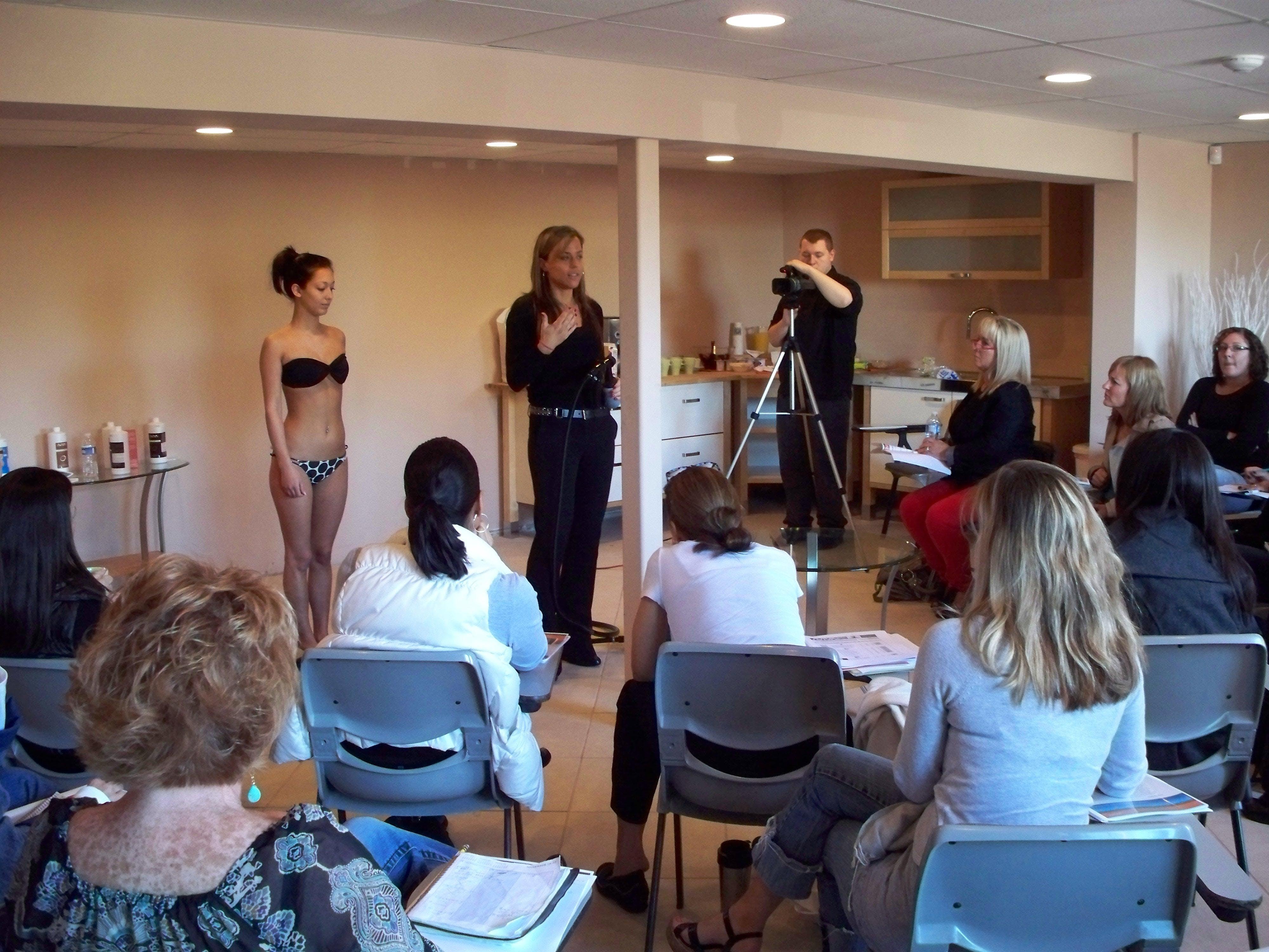 Phoenix Spray Tan Training Class - Hands-On Learning - July 28th