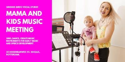Mama And Kids Music Meeting