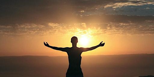 Happy Hour Gesundheit: Meditativ kraftvoll in's neue Jahr