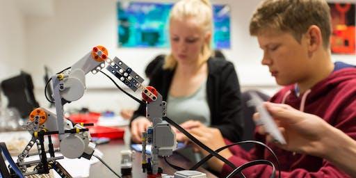 Summer Schools: Introduction to robotics (age 14–18)
