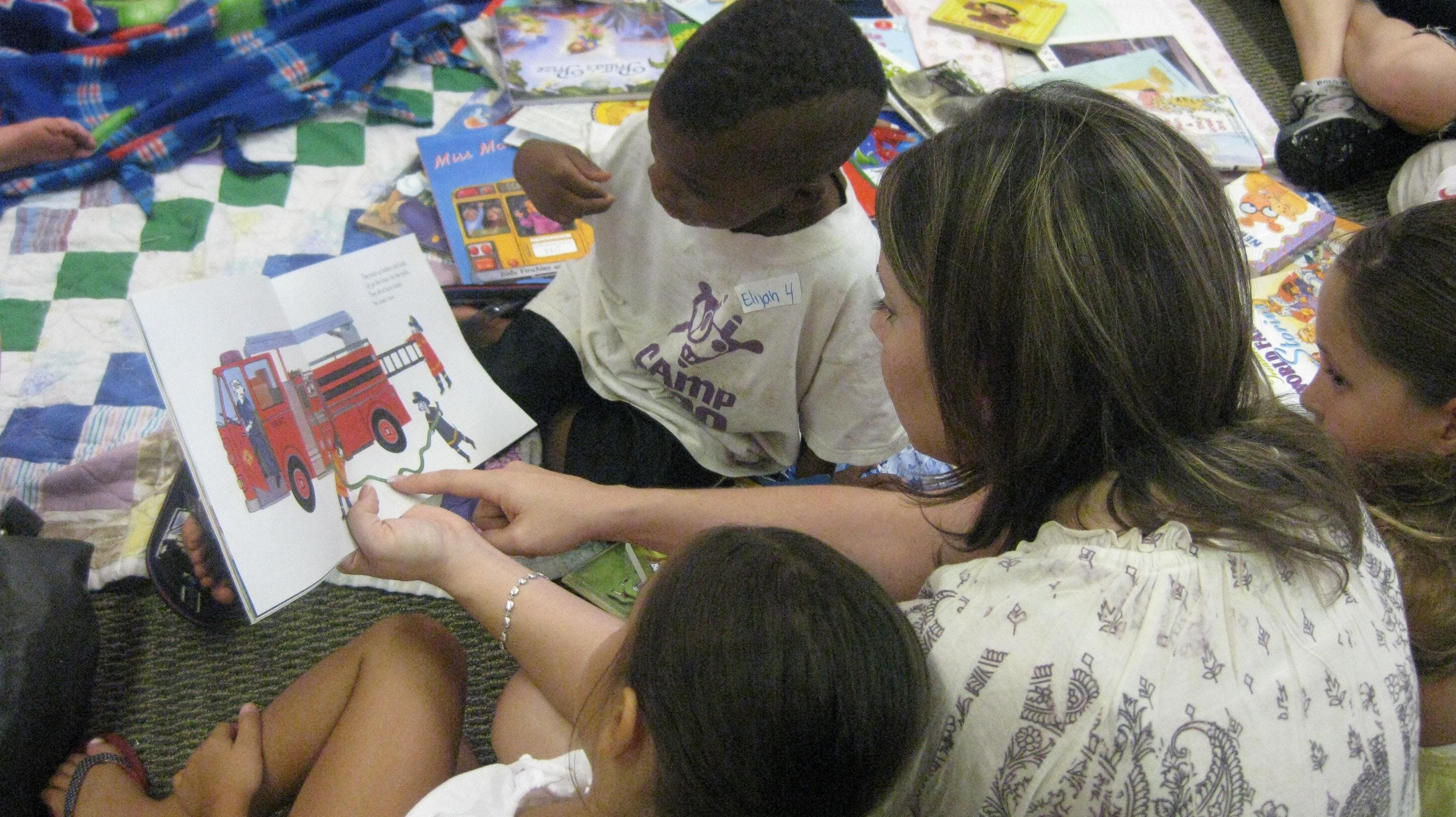 Read to Me with UMOM New Day Centers