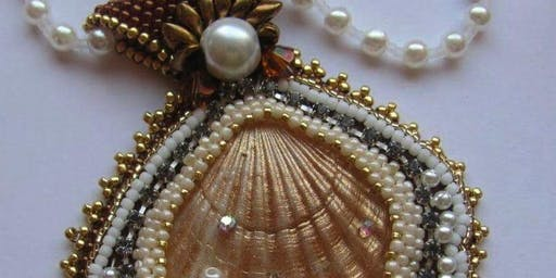 Beaded Bezel Shell
