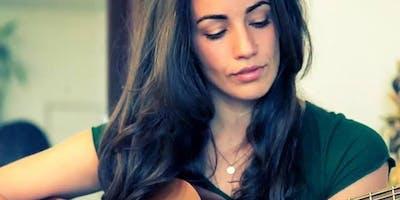 Juliana Riccardi in Live