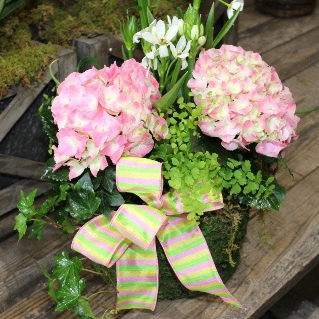 Wine & Design Summer Bouquet & Bow Making