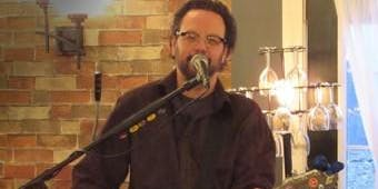 LIVE MUSIC - Gary Bickerstaff - 1:30pm-4:30pm