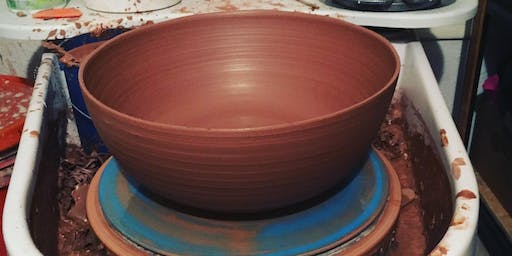 Throwing: Introduction to Clay on the Potter's Wheel Day class