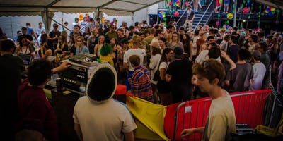 Carnival Garden Party w/ Mungo\