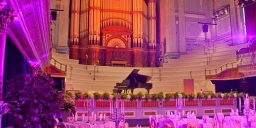 Huddersfield Town Hall Wedding Fayre