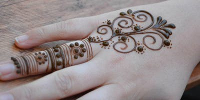Henna Art Workshop in Manchester