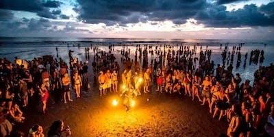 #BonfireHTX Beach Party: Silent Trap Party + Silent Cinema