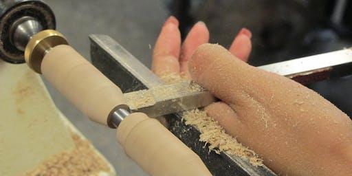 Woodpops Creative Workshop - Making a Pen on the Wood Lathe