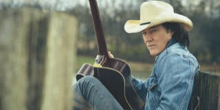 Country 103.7 Presents FREE David Lee Murphy Show @Whisky River