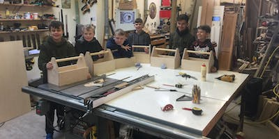 Tuesday+28th+May%2C+10am-1pm+Make+a+toolbox+to+