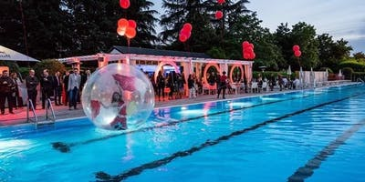 POOL PARTY CON DJ SET Powered by RED BULL