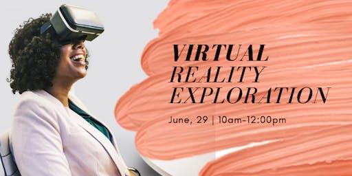 K12 teachers exploring a Virtual Reality Lab