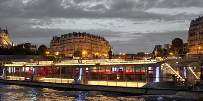 Sightseeing+Cruise+on+the+Seine