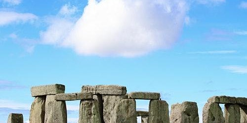 Roundtrip Tour to Stonehenge from London