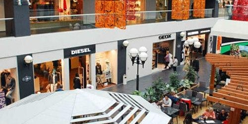 FoxTown Outlet: Roundtrip from Milan