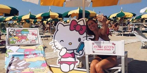 Hello Kitty Summer Friends: Skip The Line