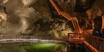 Wieliczka Salt Mine: Roundtrip + Guided Tour