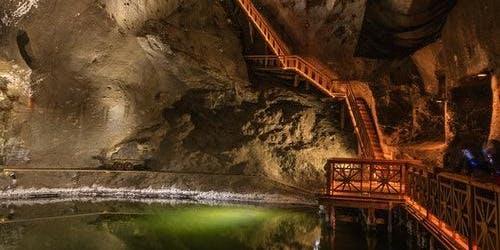 Wieliczka Salt Mine: Roundtrip + Guided Tour
