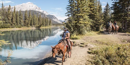 Cowboy Cookout: Wagon or Horseback Ride from Banff