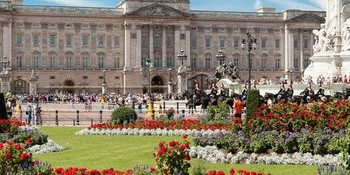 Buckingham Palace State Rooms Tour, Changing of the Guard & Afternoon Tea