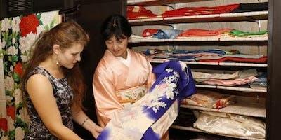 Tea Ceremony in a Casual Kimono