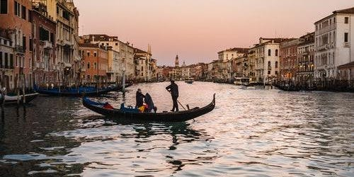 Best of Venice: Doge's Palace, St. Mark's Basilica & Gondola Tour