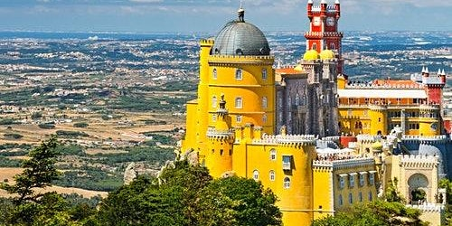 Sintra Palaces: Guided Tour from Lisbon