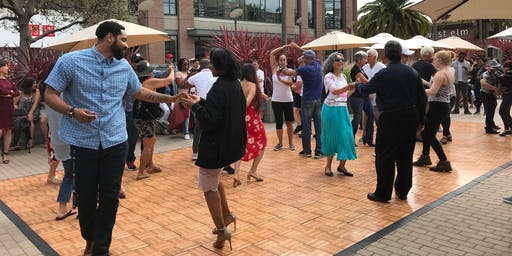Free Live Salsa Music And Dance Lessons at Bay Street Every Sunday in August!