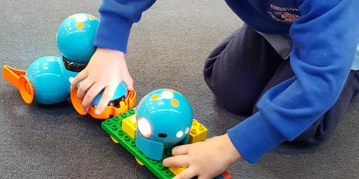 Coding with Dash (8 - 12 years) - Kingborough Makerspace @ Kingston Library