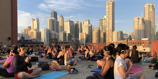 Rooftop Yoga in River North